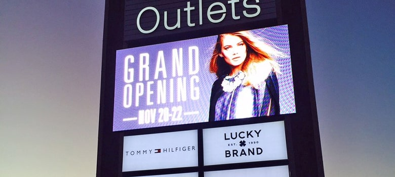 Digital Sign. Grand Opening. Lucky Brand.